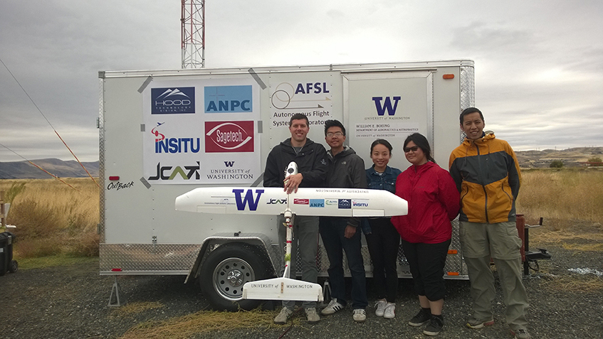 The AFSL Team at the JCATI Field Test with their Mobile Flight Operations Unit.